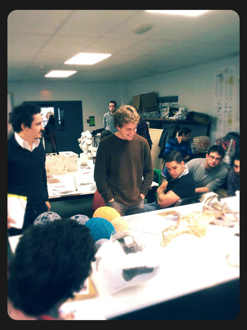 Sesion Crítica con los alumnos de prototipado de Pablo Gil. Algunos buenísimos resultados